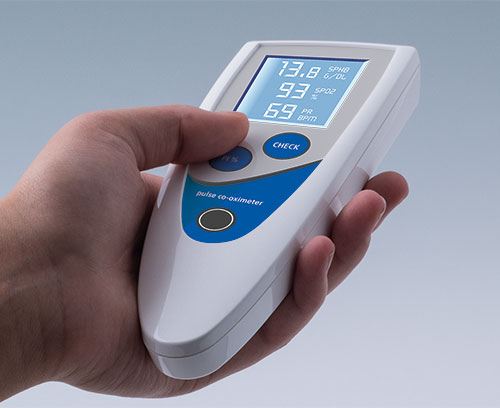 STYLE-CASE handheld enclosures for medical patient monitoring devices